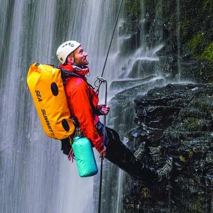 bolsa impermeable para actividades outdoor