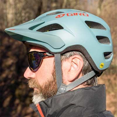 Casco para bicicleta de montaña Giro Fixture con MIPS