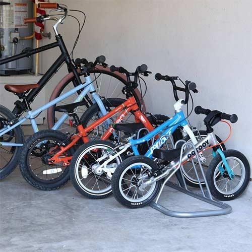 Soporte de suelo para bicicletas